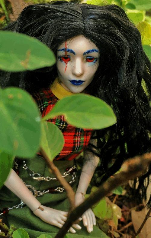 aeron-doll-profile.png