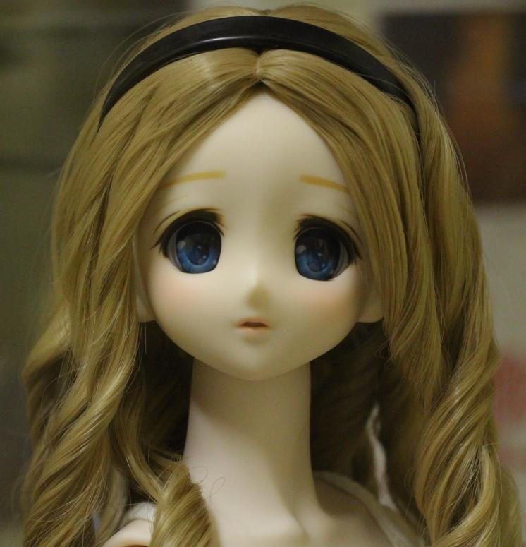 mariko profile.jpg